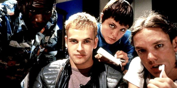 Johnny Lee-Miller and Angelina Jolie in the deliciously cheesy 1995 film Hackers
